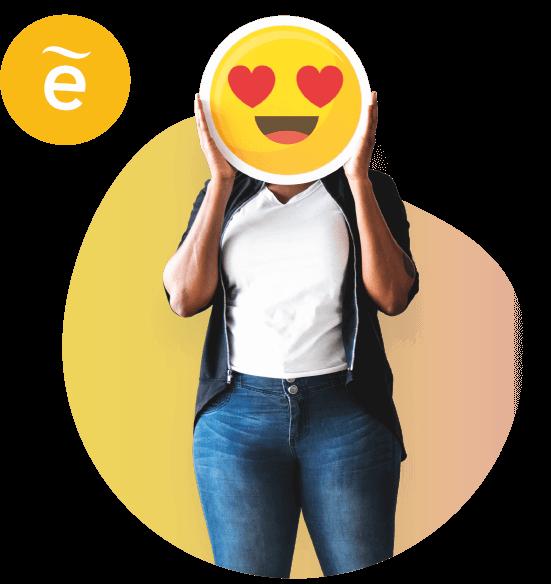 Mujer con emoticon tapando la cara